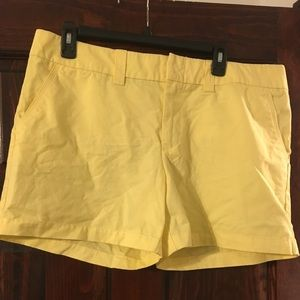 Yellow Tommy Hilfiger Mid-Shorts